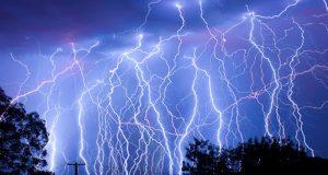 lightning-Inner20180429154004